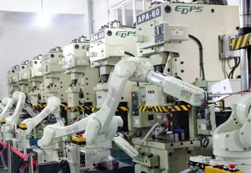 多家机器人厂商猛增产能 应对中国需求