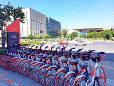 物联网破单车乱象 摩拜将建4000多个智能停车点