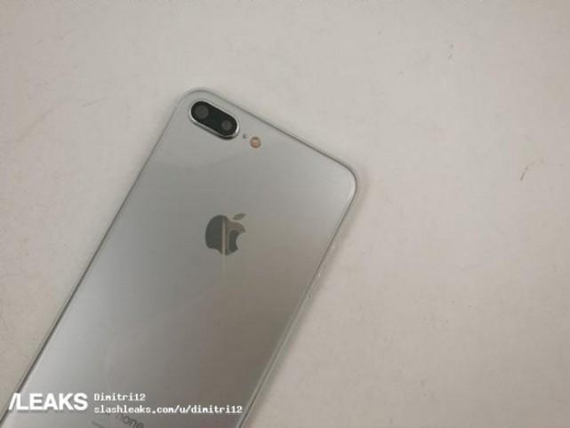 亮银iPhone 7s Plus谍照曝光 无线充电亮了!