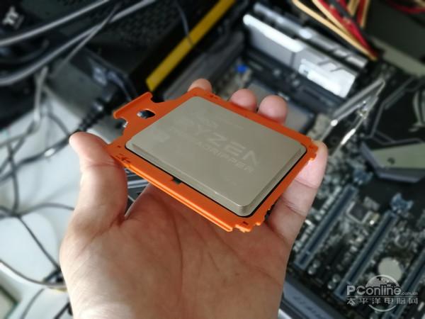 AMD锐龙Threadripper 1950X评测:定价8499 16核心全核心3.7GHz叫板i9