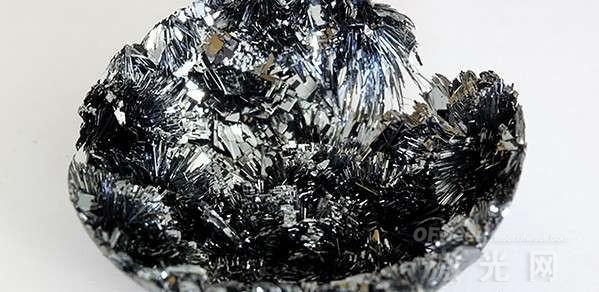 新发现!黑磷可用于新型激光器和光电子器件的制造