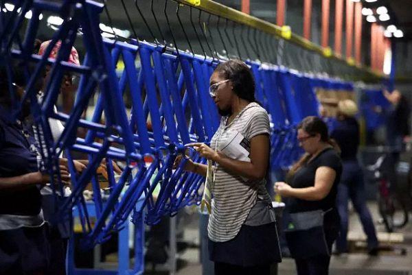 美国人要自己生产自行车,结果尴尬地发现零部件全得进口