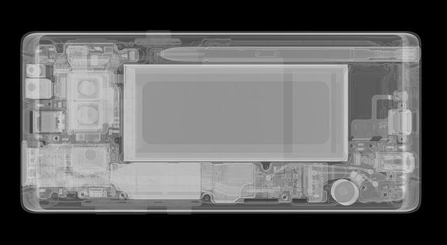三星Note 8发布:拍摄表现默秒全 只等iPhone十周年版本一战了