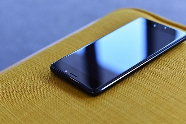 三星Note8魅族Note6接连发布 智能手机迎来新浪潮