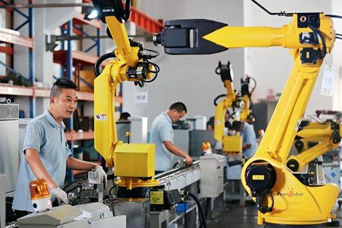 2017年我国工业机器人销量将首次超过11万台