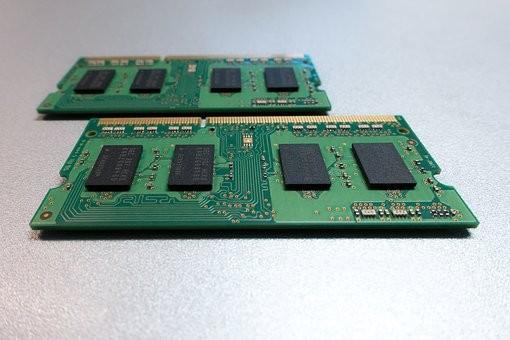 """三星扩产东芝芯片出售 """"中国芯""""何时能够主导存储器市场?"""
