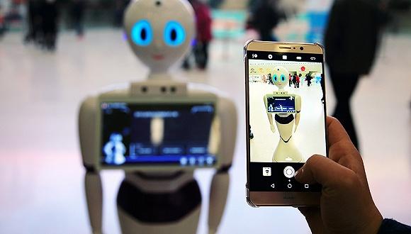 2020年全球商用服务机器人市场规模将达170亿美元