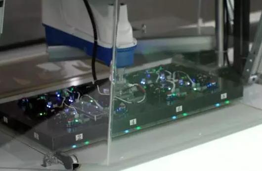 耐克投资机器人公司 实现用静电做耐克鞋