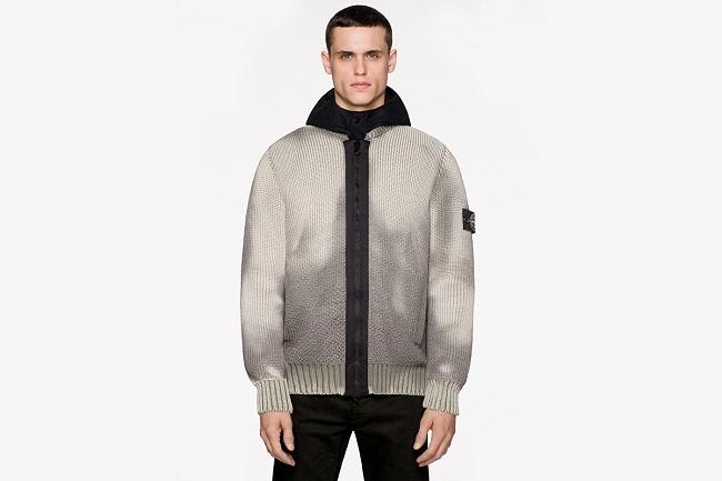 Stone Island推出可变色毛衣