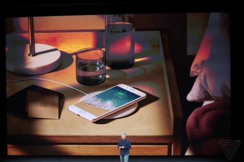 iphone 8和iPhone X正式发布,这一次黑科技和槽点齐飞