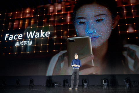 vivo全面屏手机X20发布:面部识别+逆光拍摄 售价2998元起