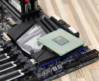 买CPU应该选Intel还是AMD?最靠谱的分析
