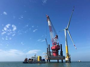 浙江省首个海上风电项目顺利完成首组风机承台施工
