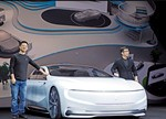 跨界造车热潮不减 新能源车电池之争