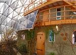 【酷炫】挪威夫妇在北极建造太阳能生态屋 在家就能看极光