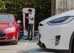 中国电动汽车市场竞争激烈 特斯拉怎么保护自己的市场地位?