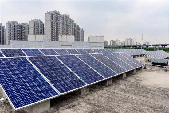 """上海首座""""光储充""""一体化电动汽车充电站投入使用"""