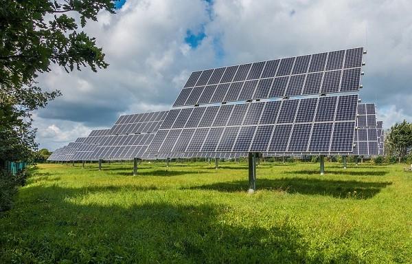 光伏早报:薄膜光伏迈出坚实一步,江山控股太阳能发电量增长超80%