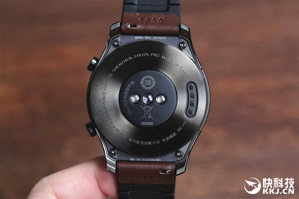 华为Watch 2 Pro开箱图赏:可独立通话