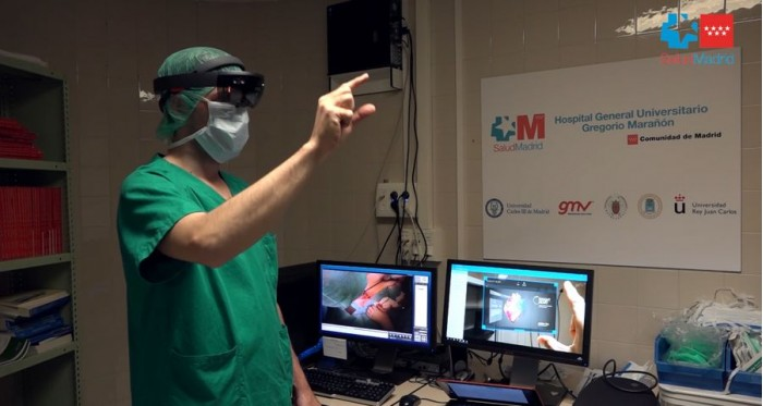 西班牙医生首次使用HoloLens完成外科手术