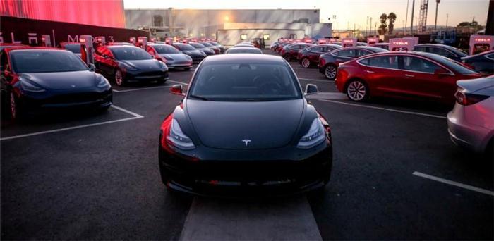 Model 3遭遇生产瓶颈 特斯拉对台企订单锐减40%