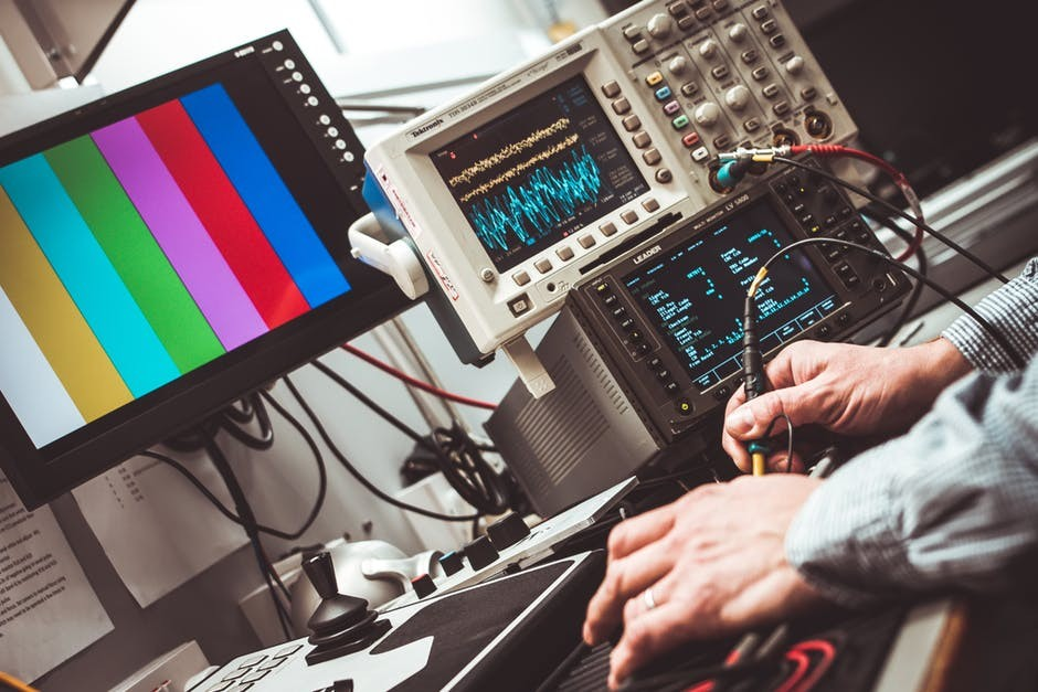 MicroLED和MiniLED赛过OLED!智能显示时代还有多远?