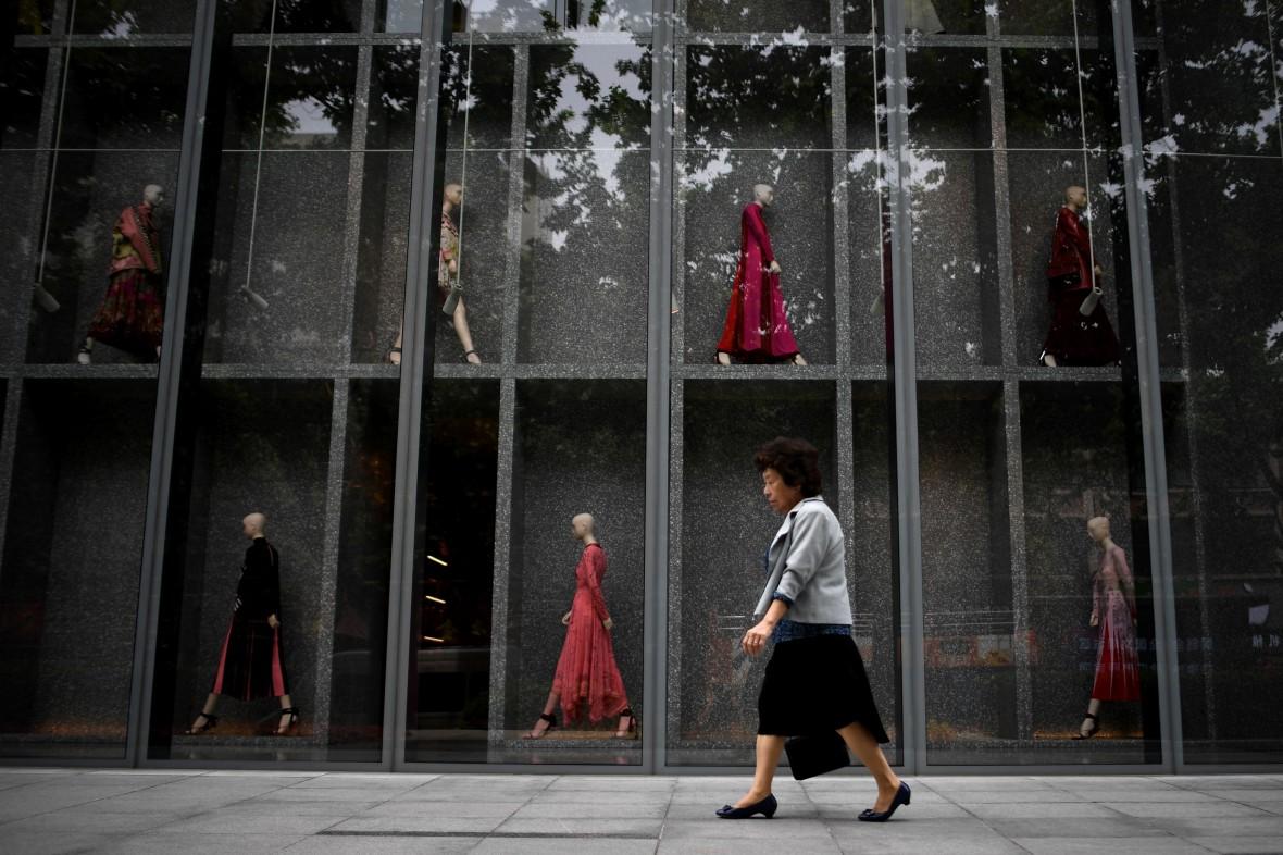 阿里派出AI时尚助手 将客户引入线下实体店