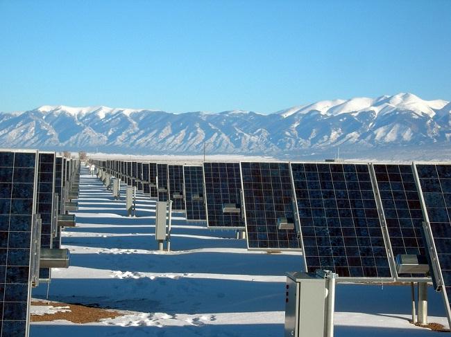 今日光伏热点:冬季弃光率或反弹 发改委再次强调光伏补贴退坡