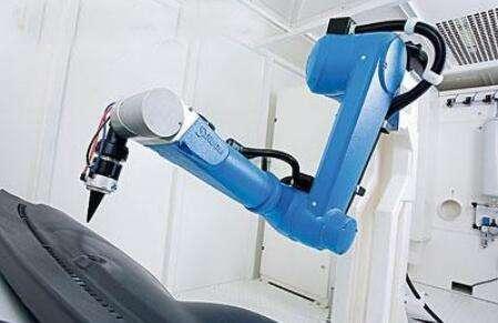 """機器人2.0時代 """"黑科技""""更智能"""
