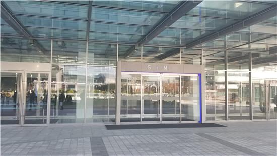 参观韩国三星电子 追求创新重视中国消费者意见