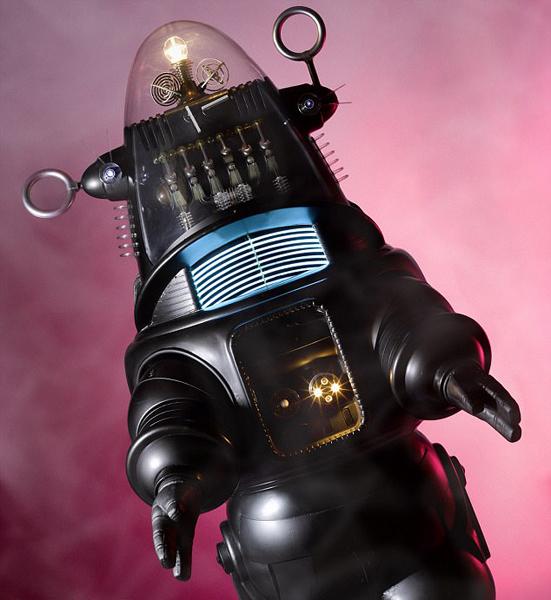 电影道具机器人537万美元拍出 创下此类拍品纪录