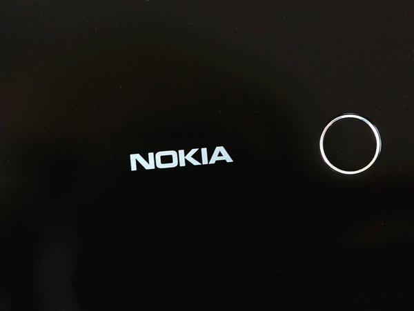 曲面屏为中国市场打造!诺基亚9新旗舰曝光