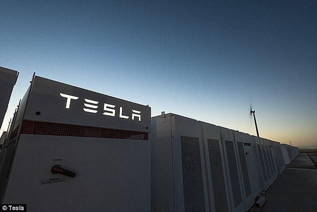 特斯拉已完成在澳大利亚的全球最大锂电池储能系统的建设