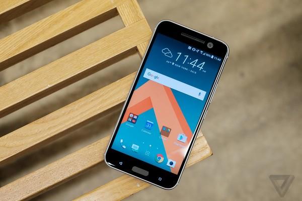 HTC还是卖不出去 问题在价格、外观或是性能?