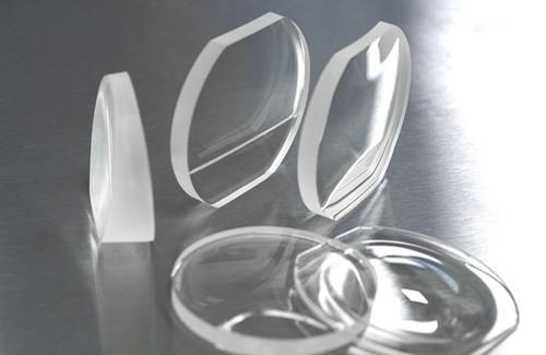 LUXEXCEL在美国成功安装眼镜镜片3D打印机
