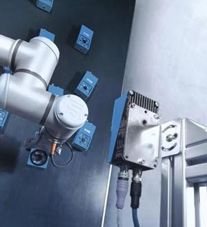 西克视觉技术掌控协作型机器人——Cobot
