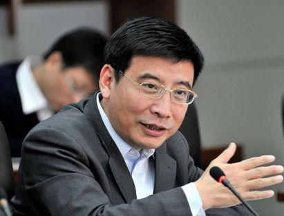 苗圩:优化实体经济特别是制造业发展环境