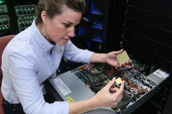 IBM发布首个Power9系统,瞄准深度学习AI