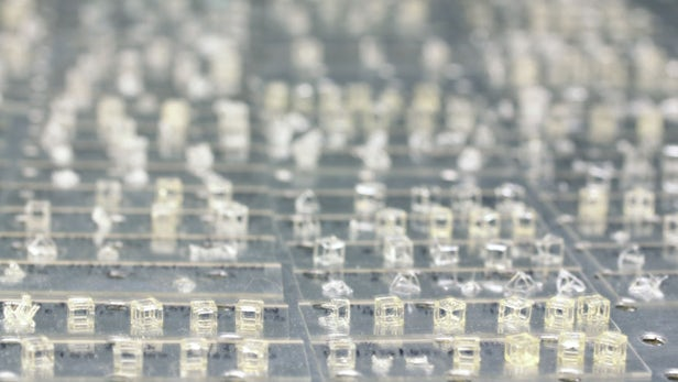 激光全息图可在几秒钟内创建出3D打印物体