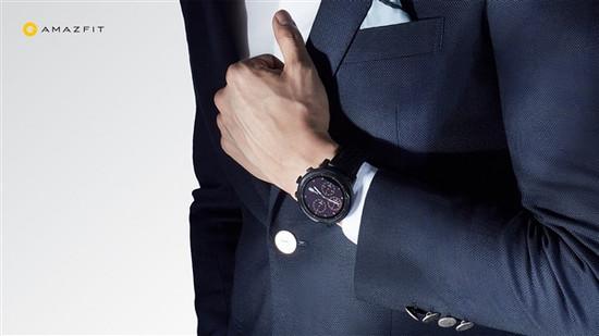 电池续航时间35小时!华米亚马逊智能运动手表