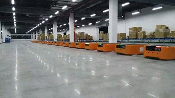 仓储物流4.0时代已来,智能仓储机器人加快仓誉电仓蜕变