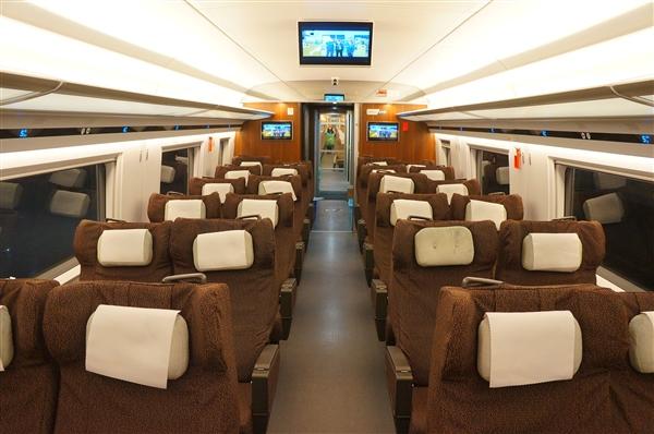 中国铁总:今后全部高铁都覆盖Wi-Fi、推广刷脸进站