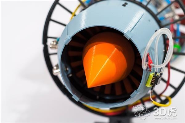 格拉斯哥大学学生借3D打印技术开发超逼真的X-Plorer 1喷气发动机