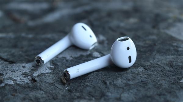 为iPhone X二代而来!苹果新AirPods曝光:要涨价