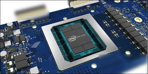 Intel CEO柯再奇:未来将聚焦更多数据领域
