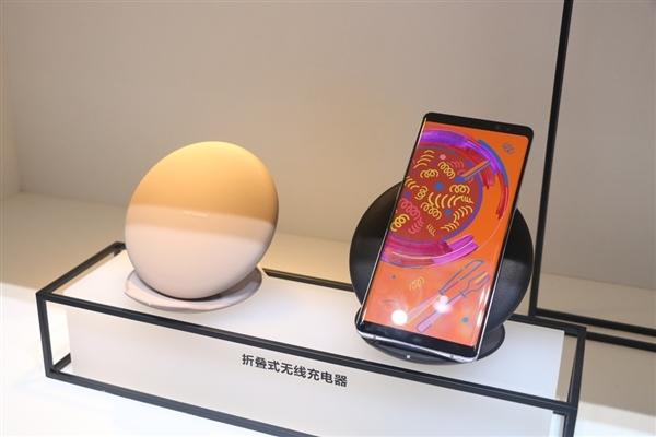 一张图抢先看三星S9 360度外形:屏占比更犀利
