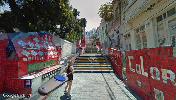 戴上头显游世界,《谷歌地球VR》加入街景导航