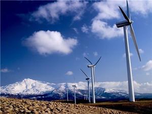 国电广西六坪顶风电场首台风机成功并网发电
