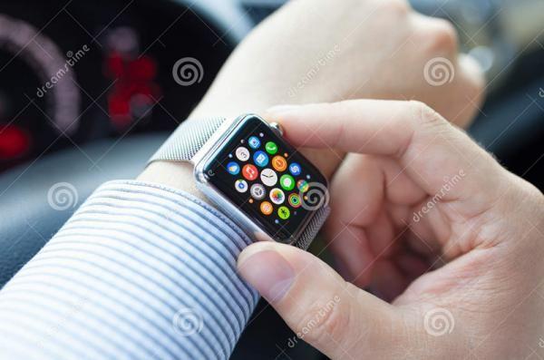 传苹果公司将开发心电图传感器 进军医疗设备领域