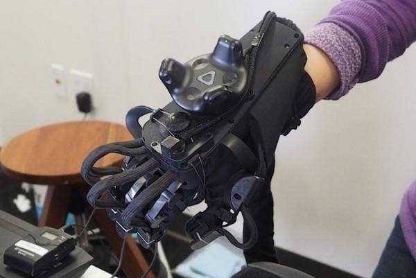 VR领域的新突破?HaptX正在研发一款VR触觉手套